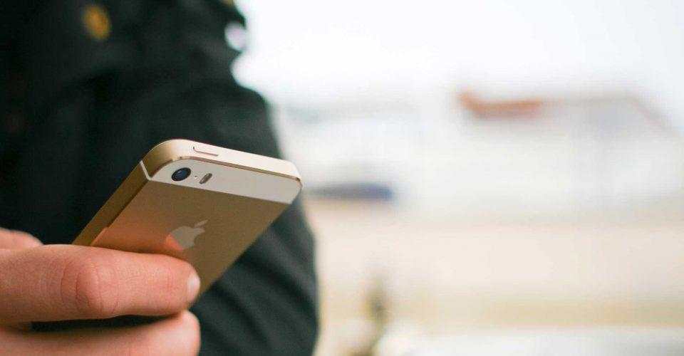 Comercial con un móvil Salesforce anuncia novedades para sus usuarios en Salesforce 1: Mobile Reports & Dashboards, permitiendo el acceso a nuevos informes de analítica.