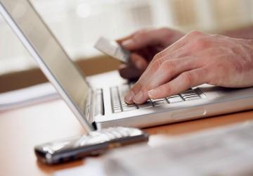 Cerca de 7 de cada 10 españoles se declara comprador online