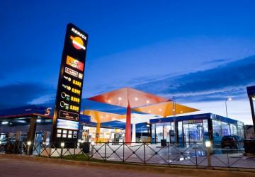 Las gasolineras se vuelcan en la fidelización de clientes para ganar cuota de mercado