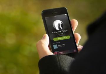 Spotify, Netflix, Google y Apple se embarcan en la lucha por la 'economía de la suscripción'